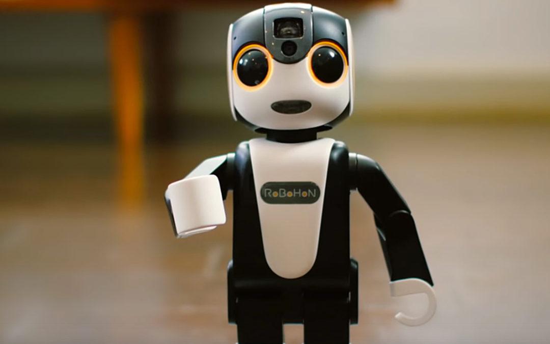 RoboHon, un gadget hybride mi-robot mi smartphone